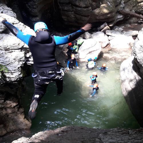 Canyoning Noa Guides dans le canyon de Coiserette
